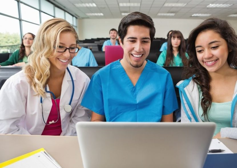 How To Choose An Online LPN To RN Bridge Program In Illinois